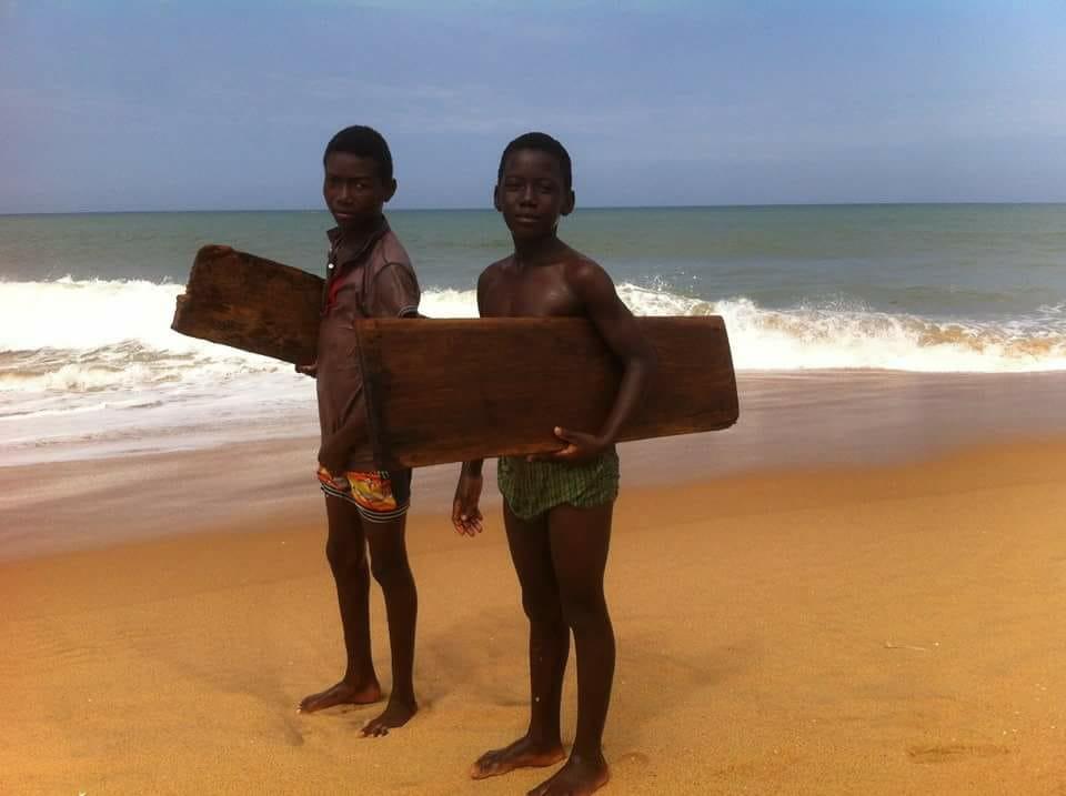 EDWIN SALEM // SURF EN AFRICA