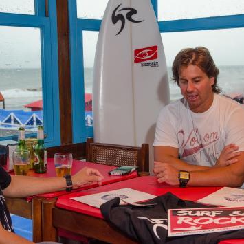 SURF & ROCK FM